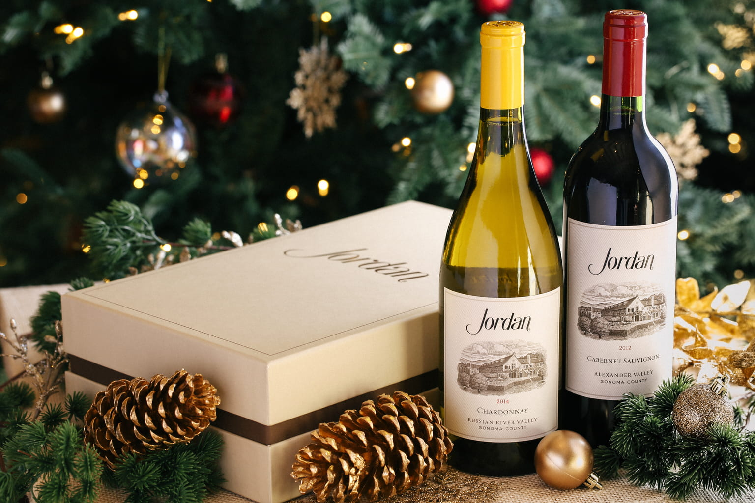 Pamper clients and loved ones with an elegant Christmas gift idea: a Jordan Cabernet Sauvignon or Chardonnay wine gift box. Available exclusively from Jordan Winery.