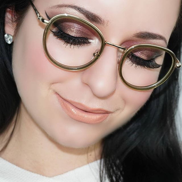 ce771b592da The round Kendall + Kylie Ryan frames are have a shiny light gold casing  nestled between two pieces of beautifully colored handmade acetate.