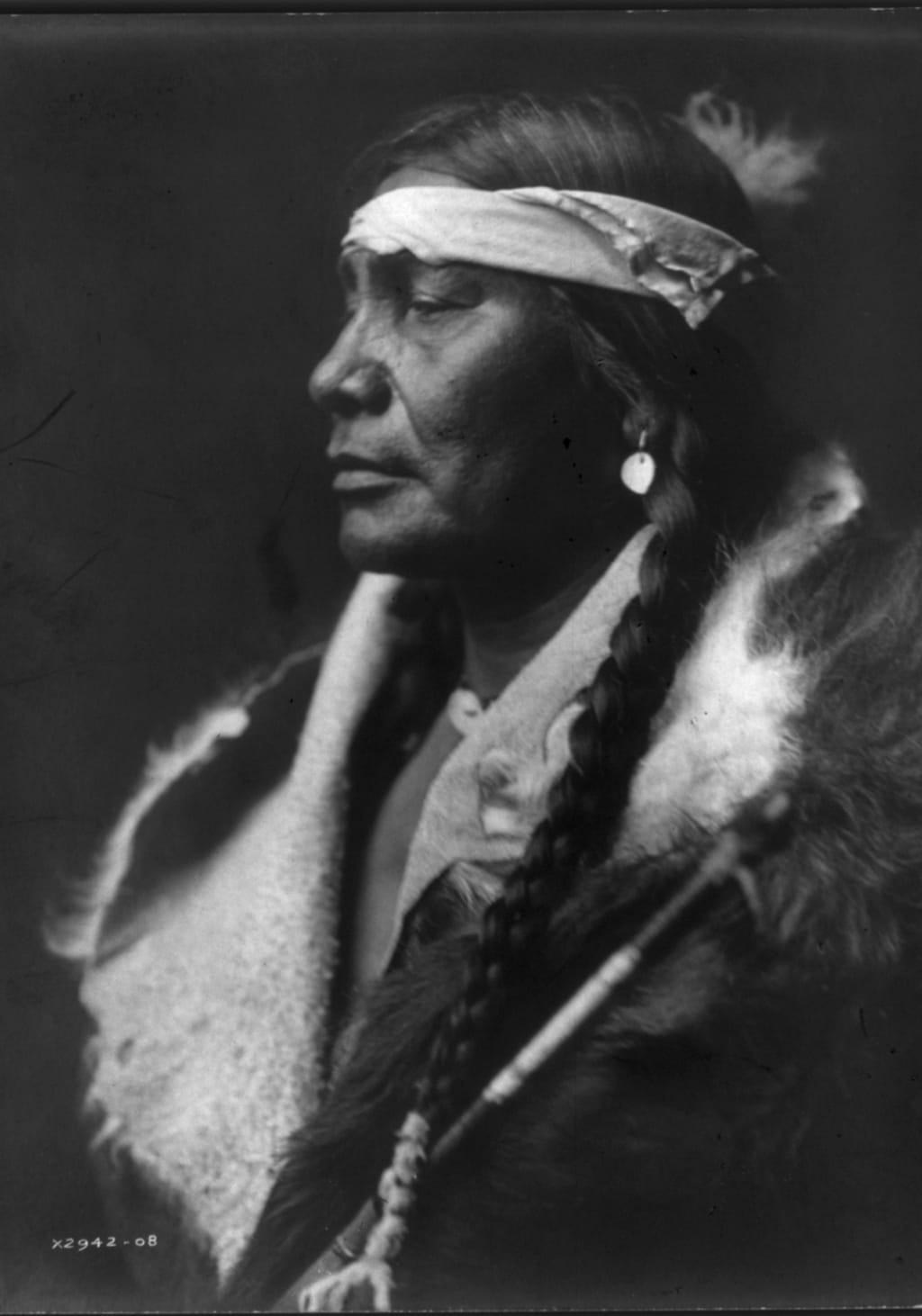 Atsina Man by Edward S. Curtis, published in The North American Indian, 1908. (Library of Congress)