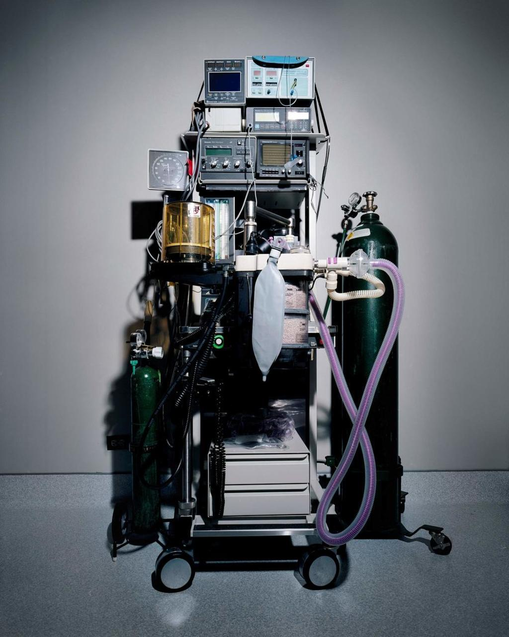 Teal Anesthesia Machine © Cara Phillips